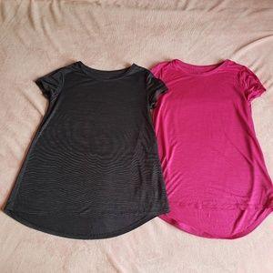2 XL (14) Old Navy Active t-shirts